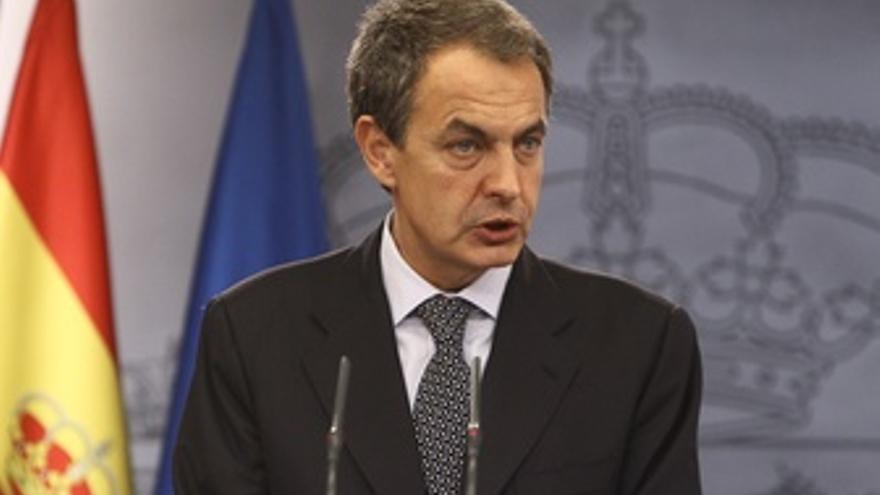 Primer Plano De Zapatero En Moncloa