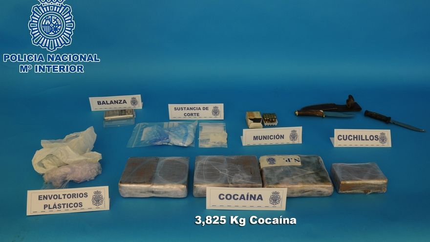 Detenidas en Erandio (Bizkaia) dos personas por tráfico de estupefacientes e incautados casi 4.000 gramos de cocaína