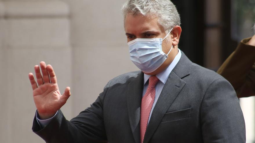 Críticas a Duque por plan de excluir de la vacunación a los venezolanos irregulares