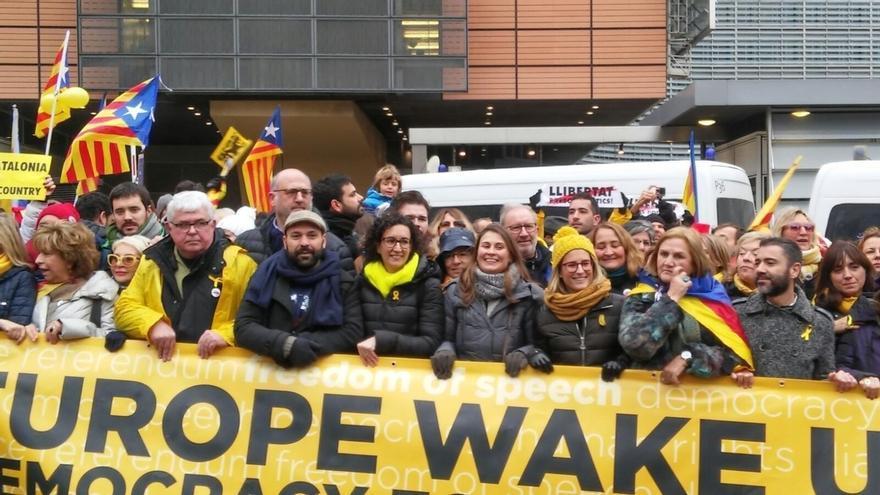 Unos 45.000 independentistas reivindican el independentismo en Bruselas y atacan a la UE por falta de apoyo