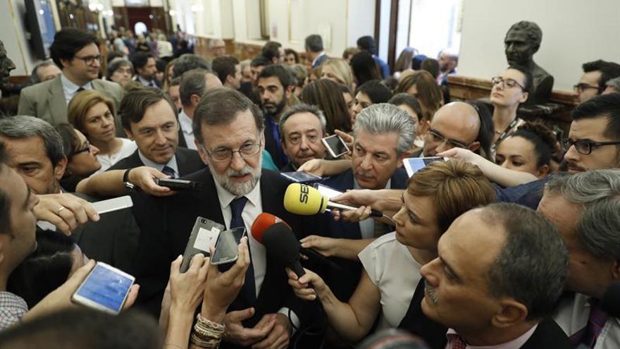 Rajoy habla con Costa y ofrece la colaboración de España ante el trágico incendio