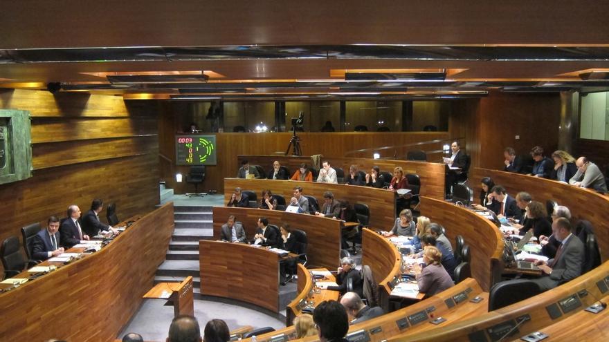 El PSOE ganaría las elecciones en Asturias, con 13 diputados, seguido de PP con 11 y Podemos con 10