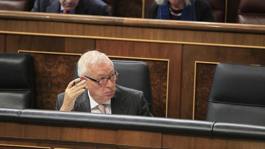 """Margallo cree que la decisión de dimitir """"honra"""" a Mato, ya que lo hace sin estar siquiera imputada"""