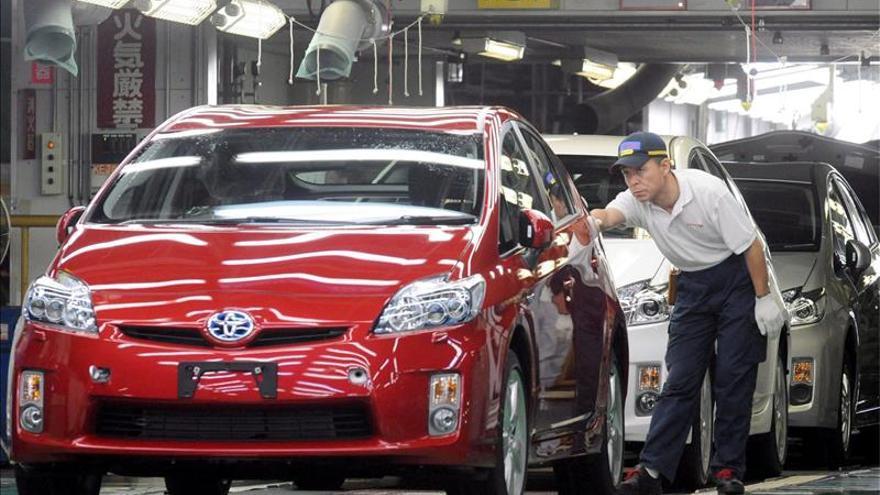Los sindicatos de la automoción nipona piden la mayor subida salarial en una década
