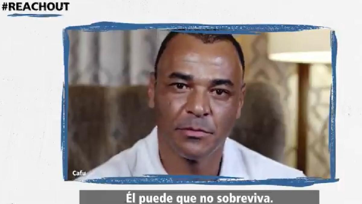 El exastro brasileño Cafú participa de la campaña que auspicia la FIFA.
