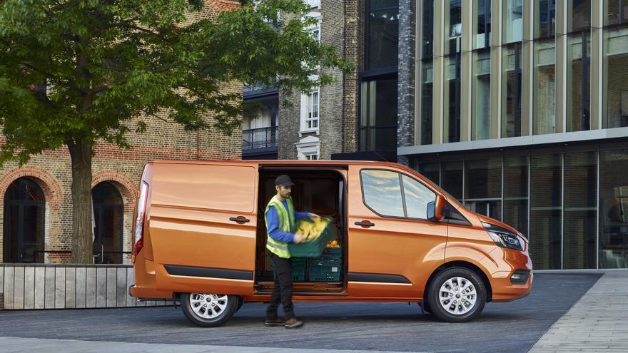 En 2019 Ford comercializará la Transit PHEV, una variante híbrida enchufable.
