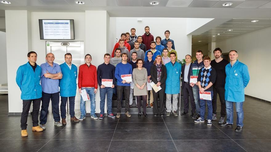 19 alumnos finalizan la tercera edición del Programa de Aprendices de Volkswagen Academy Navarra