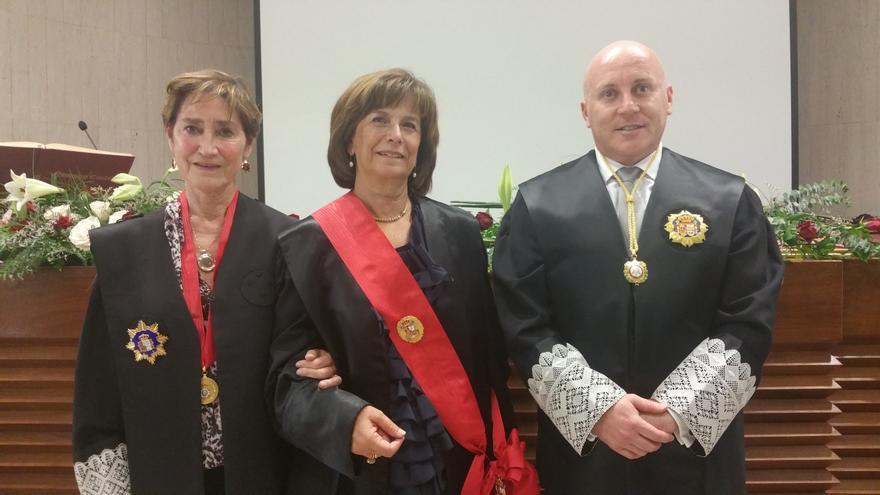 Victoria Orteg (i), Milagros Fuentes y Juan Antonio Rodríguez. Foto: LUZ RODRÍGUEZ.