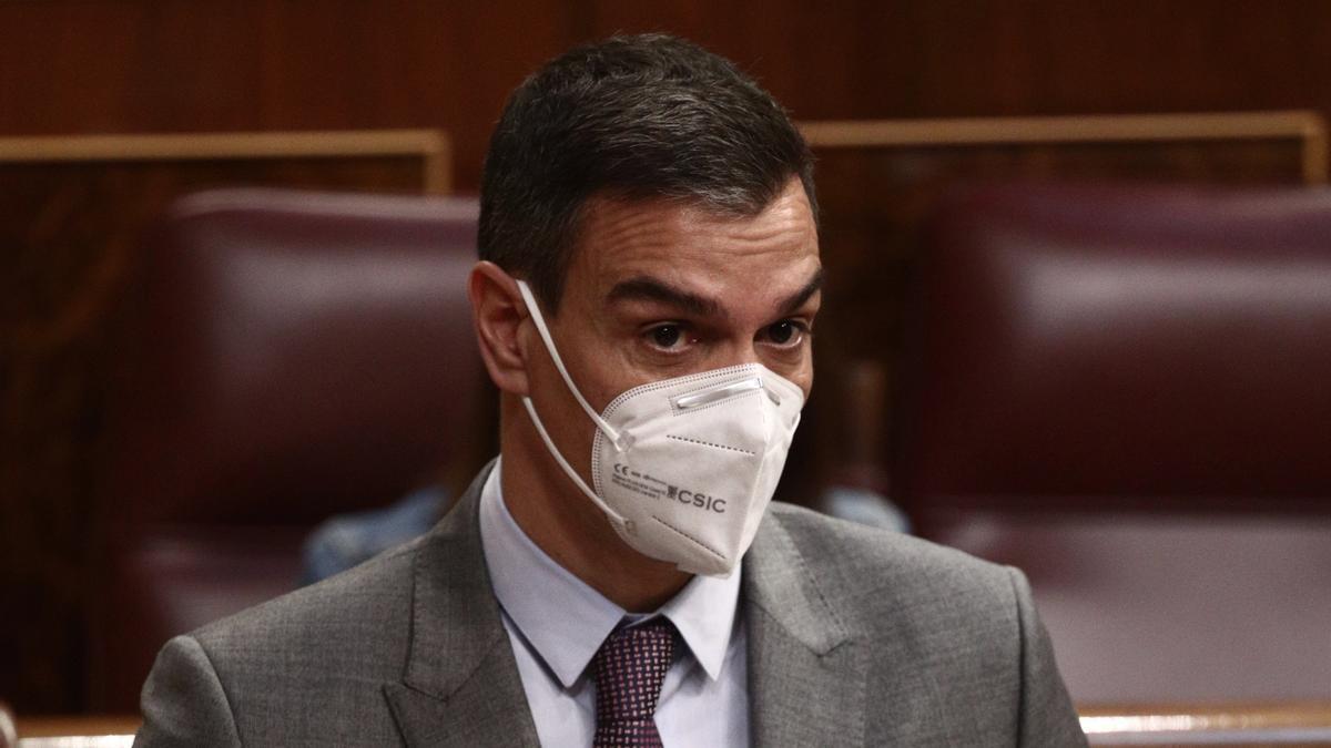 El presidente del Gobierno, Pedro Sánchez, interviene durante una sesión de control al Gobierno,