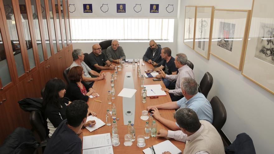 Comisión Técnica que estudia la viabilidad de exhumar la fosa común de Vegueta.