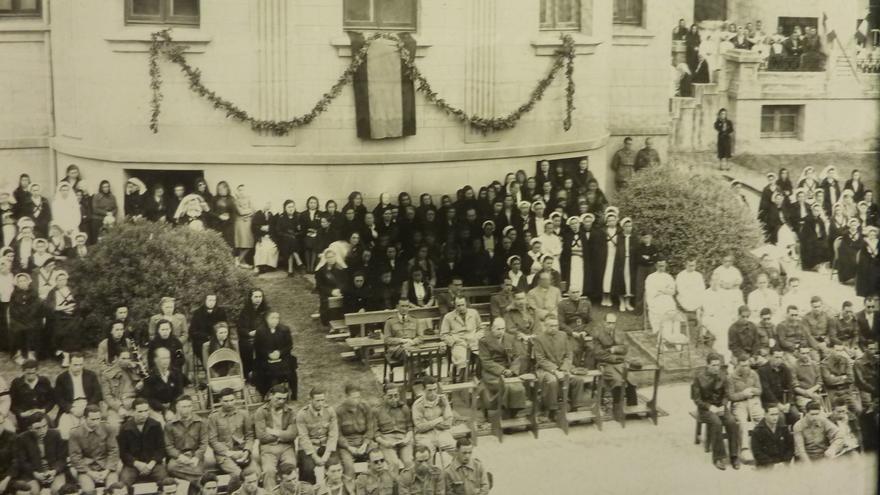Misa de campaña durante la guerra civil española.