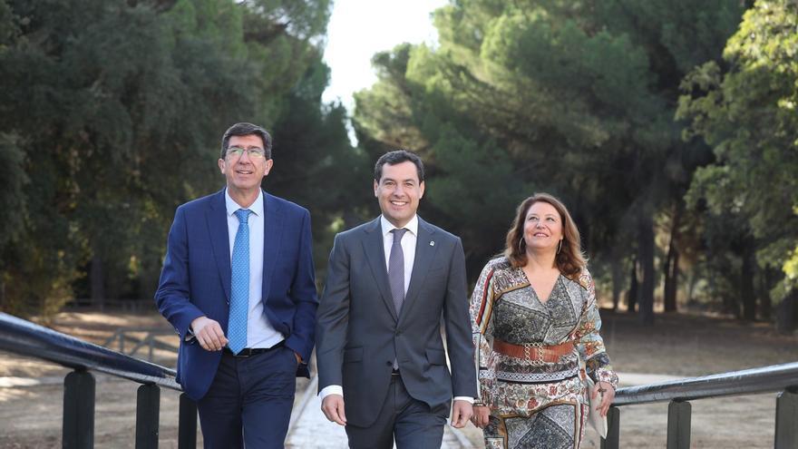 """Moreno no descarta unir Huelva y Cádiz por mar y asegura que """"por encima"""" de todo está """"proteger"""" Doñana"""