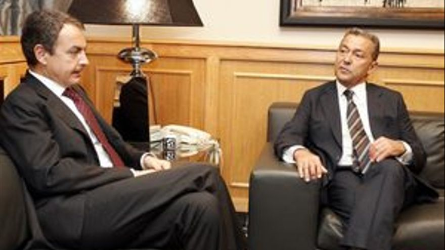 José Luis Rodríguez Zapatero y Paulino Rivero se reunirán este lunes.