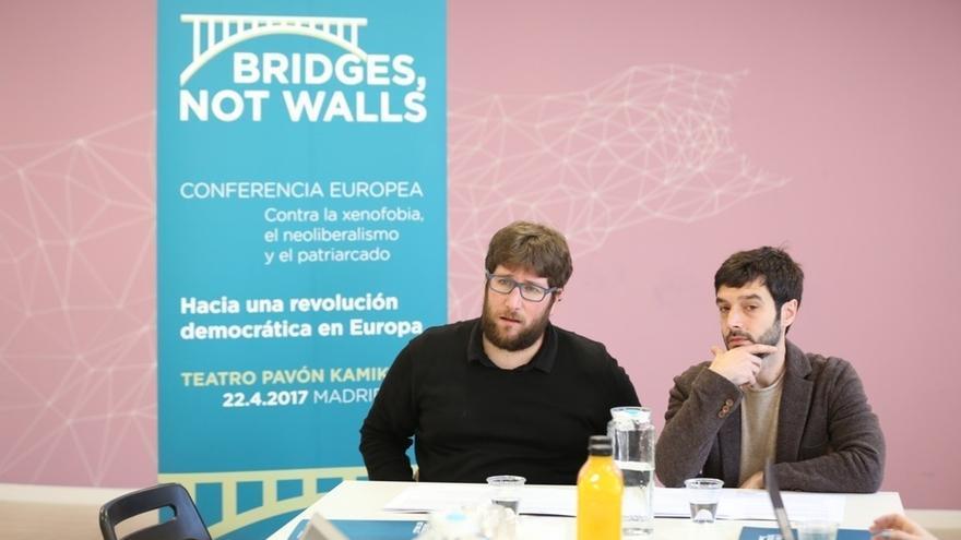 """Podemos quiere impulsar una """"internacional democrática"""" en Europa que combata al """"establishment"""" y a la extrema derecha"""
