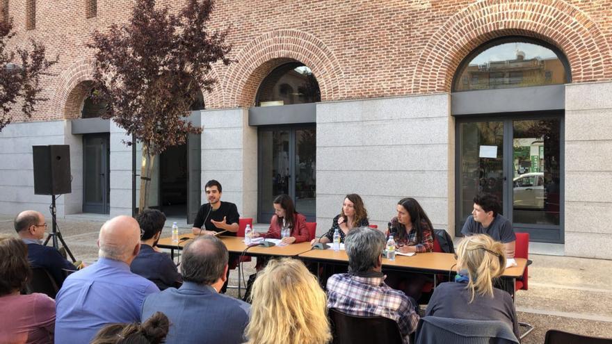 Una mesa redonda analiza en Madrid los orígenes de la situación actual de la vivienda y posibles soluciones para el futuro.