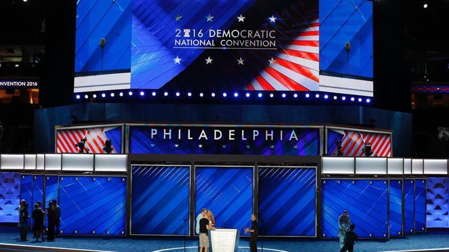 Aupar a Clinton y mostrar al partido unido, objetivos de la Convención Demócrata
