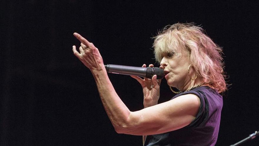 Chrissie Hynde ofrece en Cap Roig una clase magistral de 40 años de rock