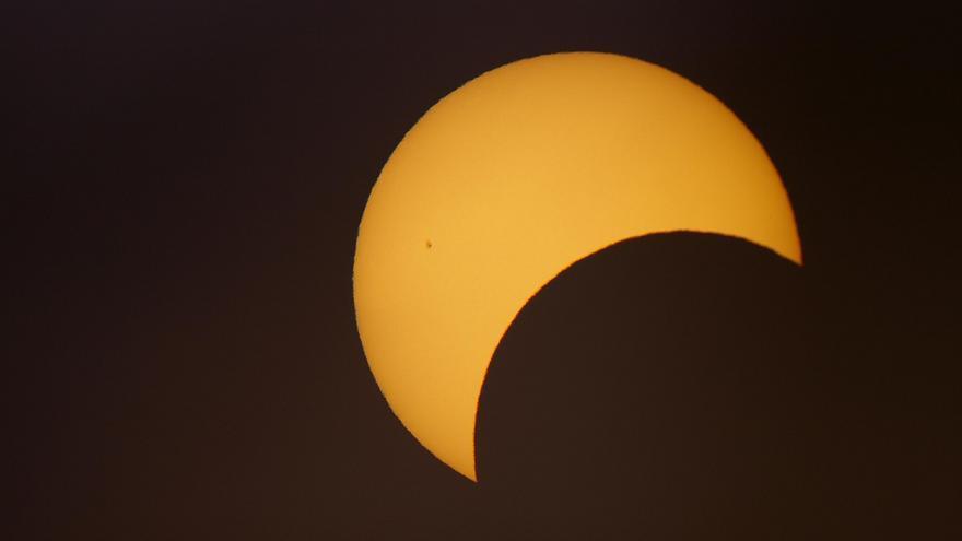 El eclipse de Sol del 20 de marzo, en Cantabria, será el mayor de la década.