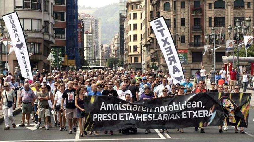Amnistía Internacional denuncia la política de dispersión de presos de ETA.