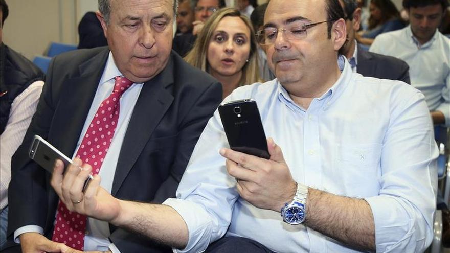El PP pierde la mayoría absoluta en Granada, donde irrumpen C's y Vamos