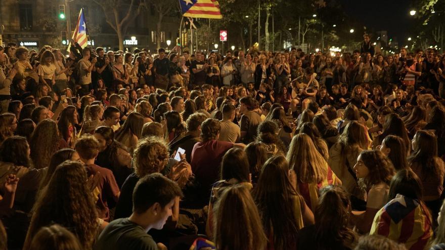 Miles de personas se manifiestan por cuarto día consecutivo contra la sentencia del procés