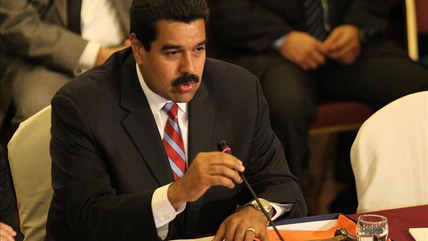 Maduro recibe la presidencia del Mercosur en nombre de Chávez y de Bolívar