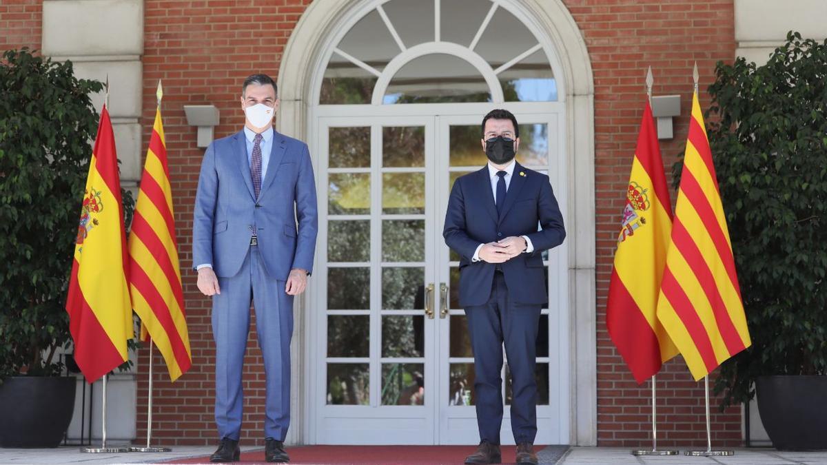 Pedro Sánchez y Pere Aragonès en el encuentro en la Moncloa