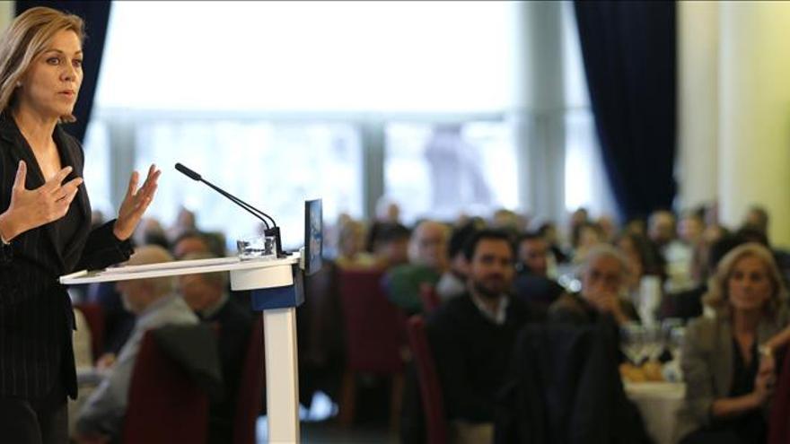 """Cospedal pide no perder ni un voto: """"Hay que tener más que el PSOE y Podemos"""""""