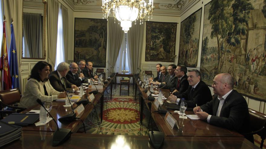 Gobierno vasco ingresará unos 70 millones anuales con el traspaso de siete impuestos en la reforma del Concierto