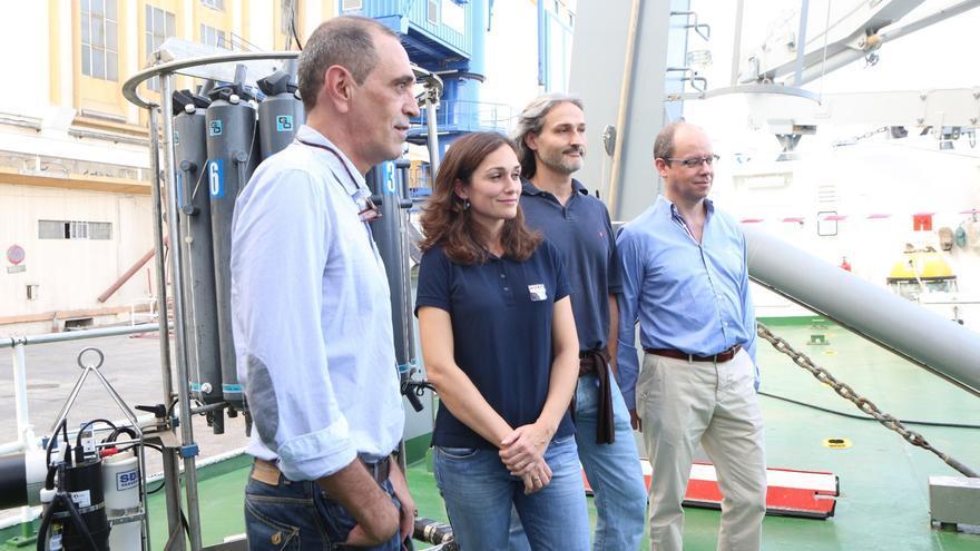 Miembros asociados a la ULPGC en el buque 'Alliance' (ALEJANDRO RAMOS)