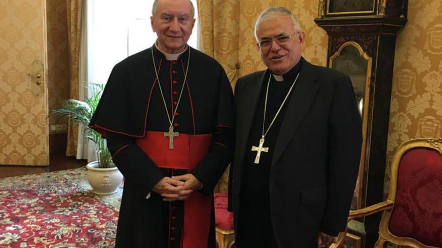 Pietro Parolin y Demetrio Fernández, en el Vaticano.