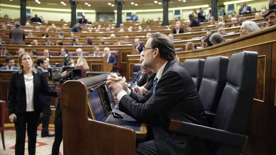 """Rajoy exhibe los""""exigentes"""" pasos dados para """"secar las fuentes de la corrupción"""""""