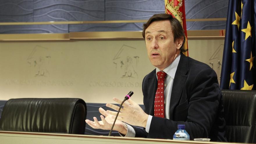 """El PP acusa al PSOE de """"utilizar"""" sus últimos casos de corrupción para tratar de """"eliminar"""" a Rajoy"""