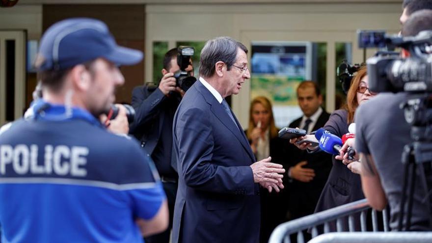 El Gobierno y los partidos griegos culpan a Turquía del fracaso en la negociación chipriota