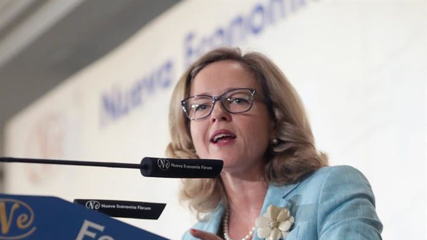 "Calviño dice que ""no hay lugar para políticas fiscales irresponsables"""