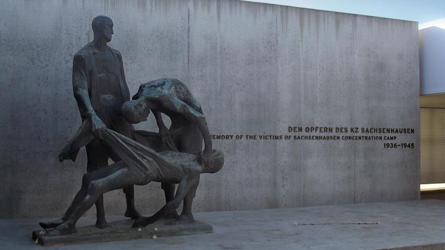 Memorial por las víctimas del campo de concentración de Sachsenhausen, cerca de Berlín, en Alemania.