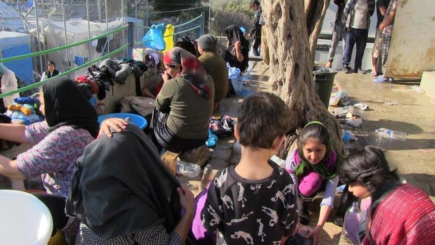 Grecia detecta los primeros dos casos de COVID-19 entre refugiados en Lesbos