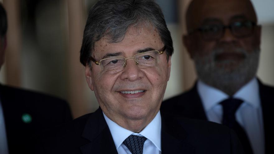 La muerte del ministro Trujillo alerta sobre la gravedad de la pandemia en Colombia