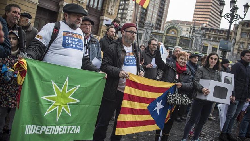 El nacionalismo vasco se une para apoyar a los cargos catalanes juzgados