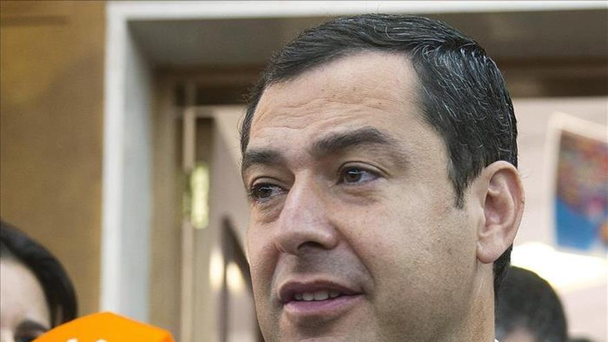 Juanma Moreno: Una cosa es hacer autocrítica y otra autodestruir el PP