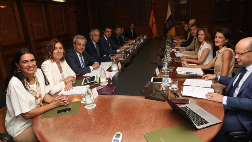 'Cumbre' Canarias-Estado (ALEJANDRO RAMOS)