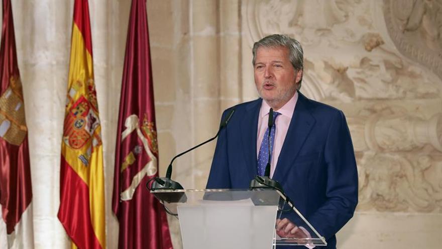 """Méndez de Vigo apela a la """"concordia"""" de Suárez contra la quiebra en Cataluña"""