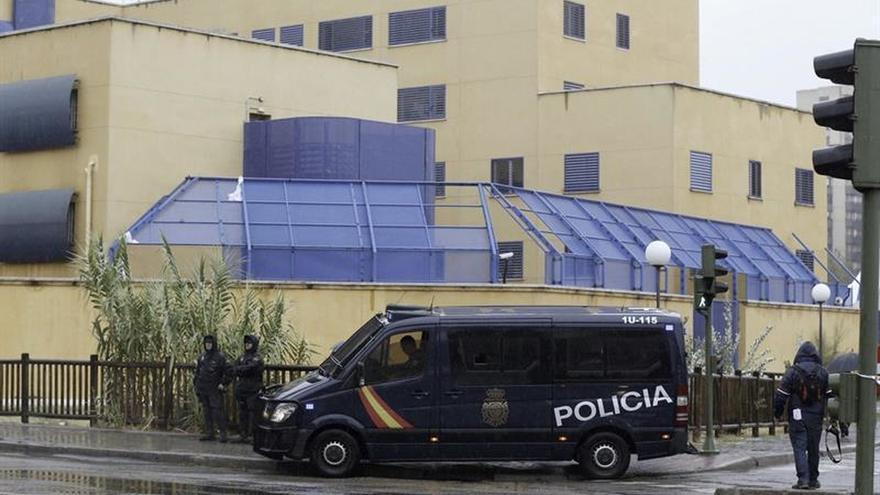 El CIE de Aluche durante la mañana posterior a la protesta de los internos.