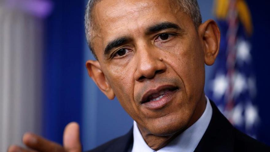 """Obama lamenta no haber podido cerrar la """"maldita"""" prisión de Guantánamo"""