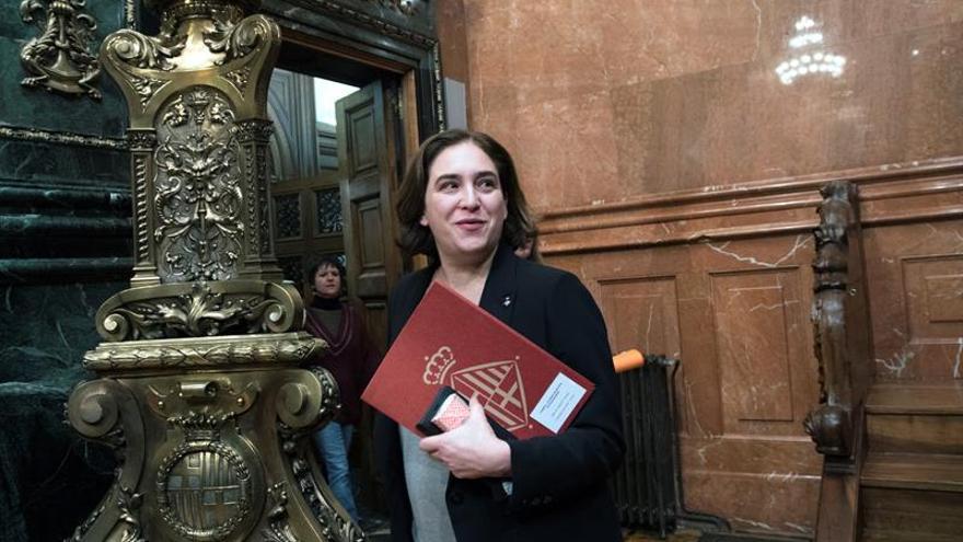 """Colau suspende el pleno por la situación de """"excepción"""""""