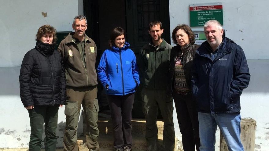 Elizalde inicia en ayegui una ronda de visitas a las for Oficinas caja rural del sur