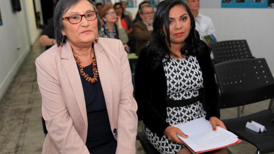 Historiadora Mercedes García recibe el Premio de Estudios Rey Juan Carlos