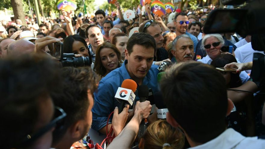Albert Rivera durante el desfile del Orgullo en Madrid