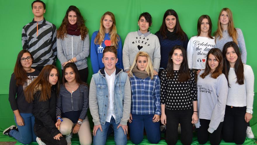 El grupo de 15 'ciberayudantes'.