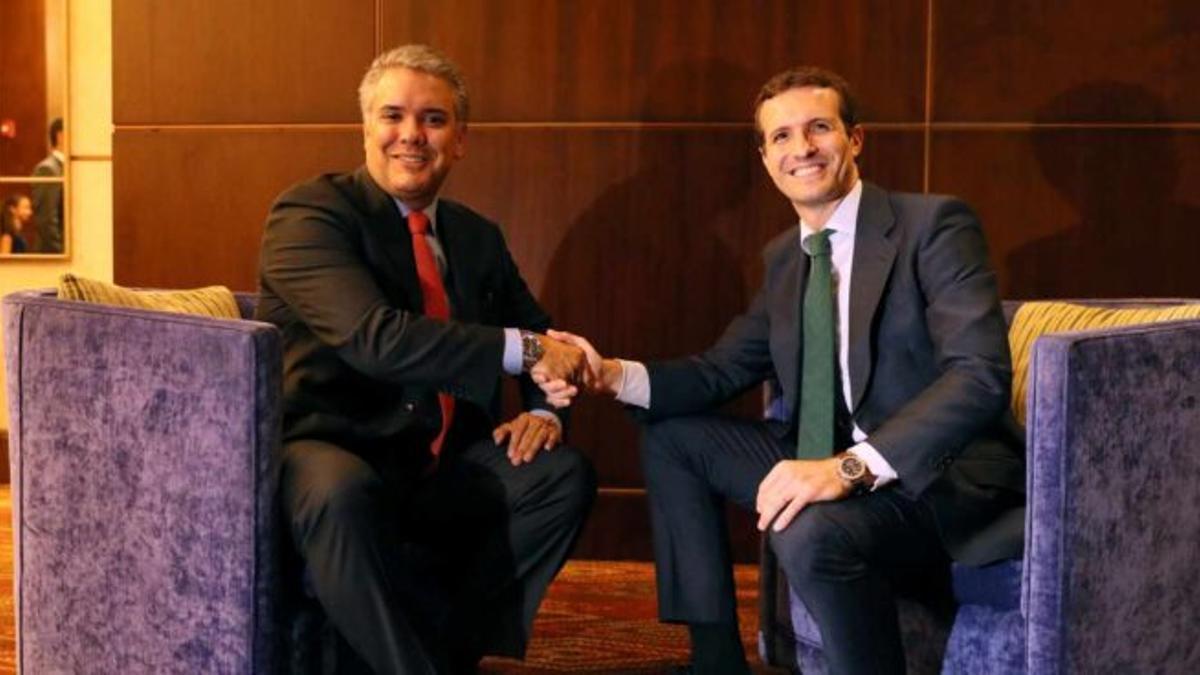 El presidente de Colombia, Iván Duque, y Pablo Casado, en julio de 2018.